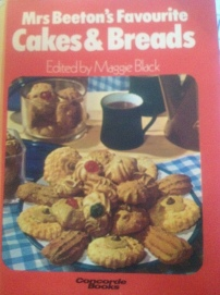 Mrs Beeton's Favourite Cakes & Breads